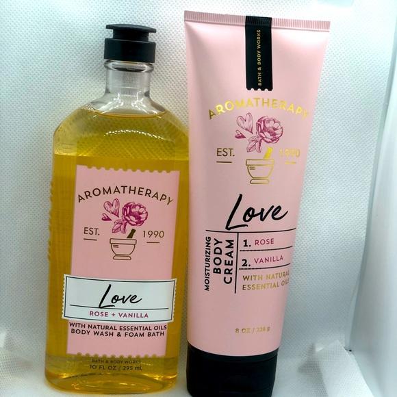 Bath & Body Works Aromatherapy Love Set